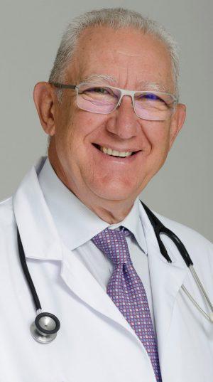 Dr. Ignacio Manrique 3